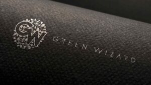Создание логотипа для компании Green Wizard